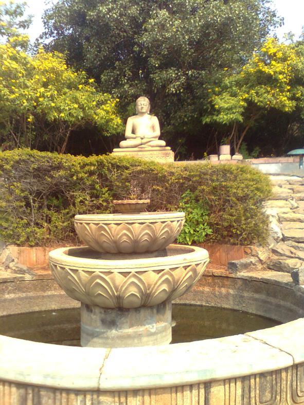 Gautam Buddha statu on the way to monestry