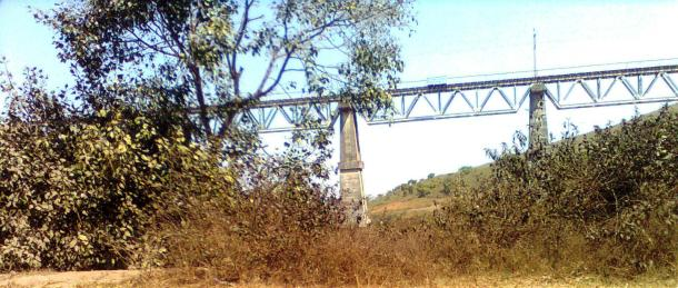 Rail bridge- on my way to Jabalpur