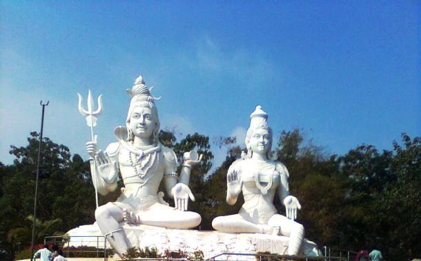 Shiva-Parvati Idols on Kailasagiri Hills
